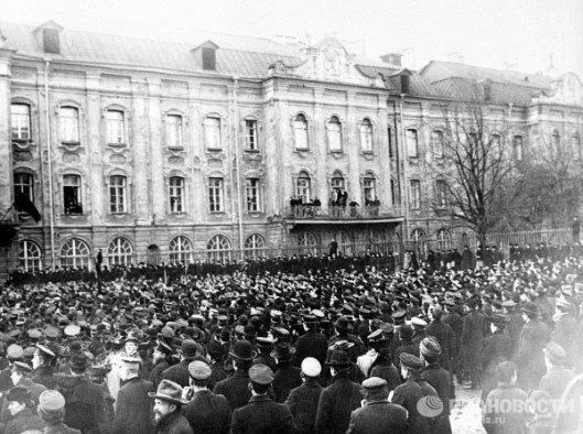 http://visualrian.ru/ru/site/photo/historic/1900/?startfrom=36